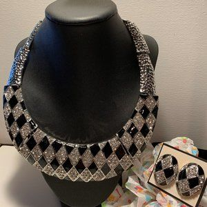 Jewelry - Necklace 2 PC Fashion with Earrings